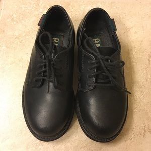 Bass 9.5 Boys Black Exeter Leather Dress Shoes